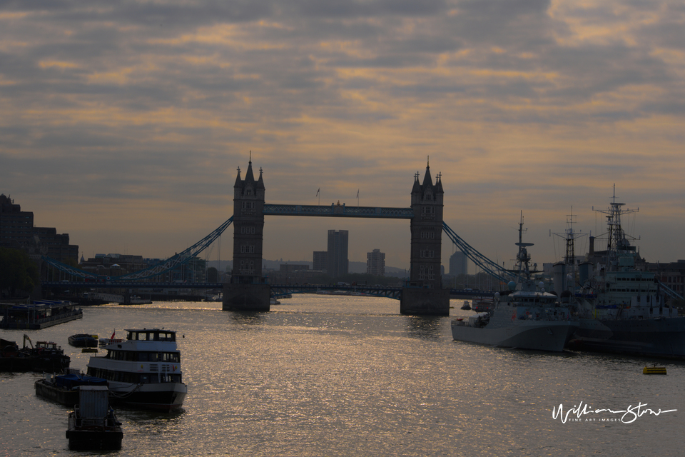Financial District, Limited Edition, Fine Art, London Tower, Commodities, Equities, Forex, London, United Kingdom,